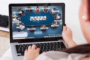 online poker casinos hold